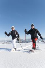 aktive Senioren im Schnee