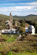 Eglise et cimetière du village de Pietracorbara en Corse