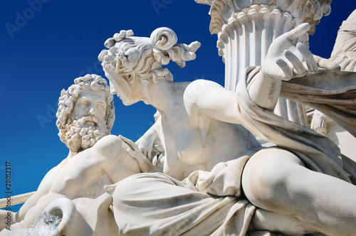 Detail of Athene fountain in front of Austrian parliament - 28012317