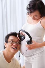 Stimulating the fetus using music
