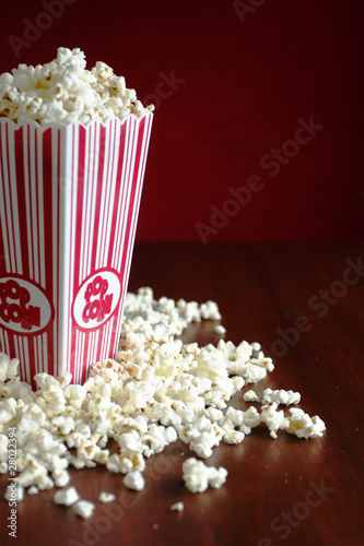 Pop corn container