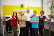 Seniorengruppe im Fitnesscenter