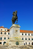 Estátua equestre e palácio ducal, vila de Viçosa. poster