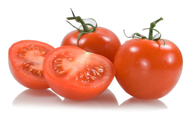 red tomatoes with two tomato segments
