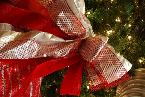 Christmas tree bows
