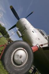 landing gear slanting