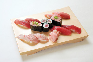 マグロずくし寿司
