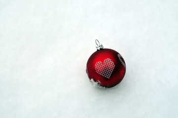 Bauble & snow