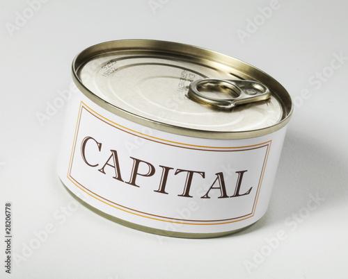 capital mot en boite à ouvrir