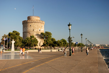 white tower in thessaloniki