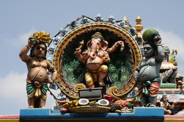 Ancient Ganesha sculpture at tempel in Chennai