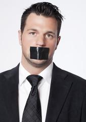 silence d'homme salarié baillonné