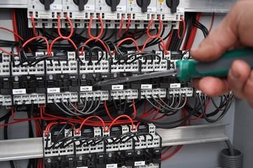 Componenti di quadro elettrico