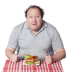 gros homme au régime sandwich