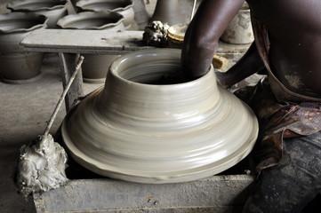 Afrikanische Töpferwerkstatt