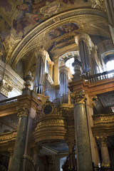 Vienna - organ of Jesuits church
