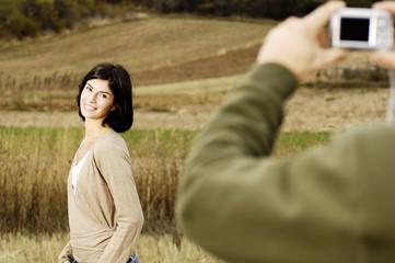 donna che posa per foto