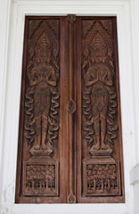 Thai art of wood carving