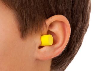 Ohr mit Gehörschutz Proppen - Ohrstöpsel