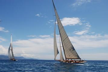yacht persuit