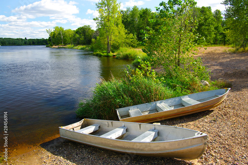 Aluminium Water Motorsp. Small Boats on Shore