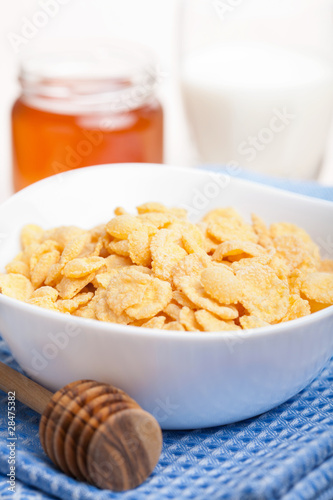 cornflakes with honey