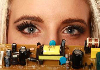 regard électronique