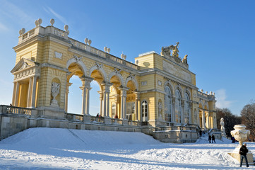 gloriette im winter