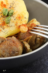 Tajine d'agneau - poires/pistaches
