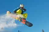Snowboard Kid springt