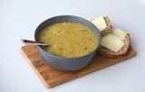 Peasoup with bread