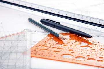Bauplan mit Schreibwaren