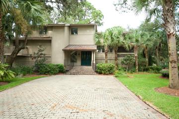 Modern Single Family Home, Driveway, Hilton Head South Carolina