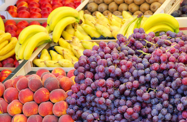 Obstmarkt - fruit market 01