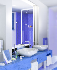 Badeinrichtung in blau