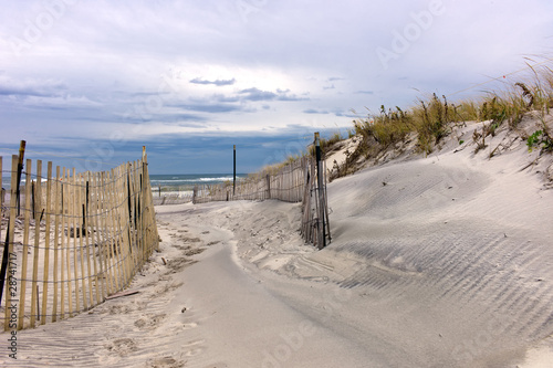 Aluminium Golven Path through sand dunes on a beach on Long Island, New York