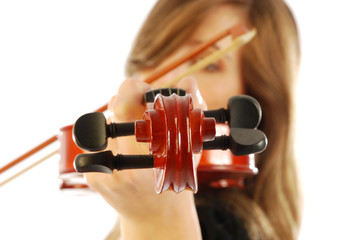 Donna con violino 003
