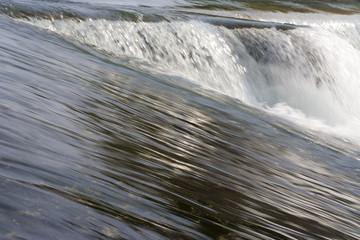 acqua forza della natura