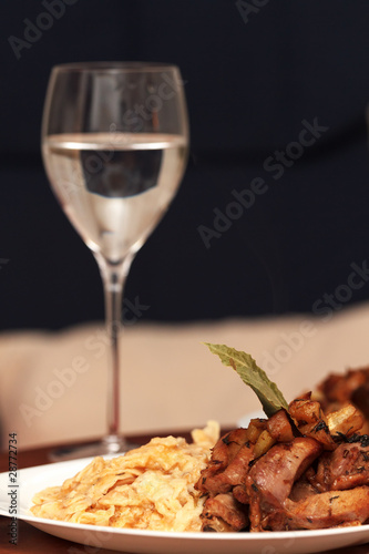 Dinner with wine - 28772734