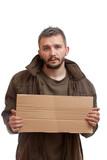 Žobrák drží kartónu