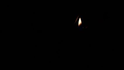 Sternspritzer Wunderkerze mit Funken und Feuer