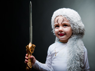 Kind mit Schwert