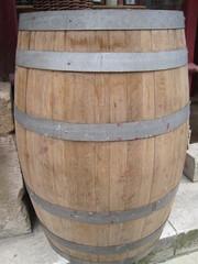 tonneau vin de Bordeaux