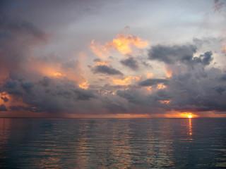 sunset,sunrise,coucher de soleil,mer,sea,ocean