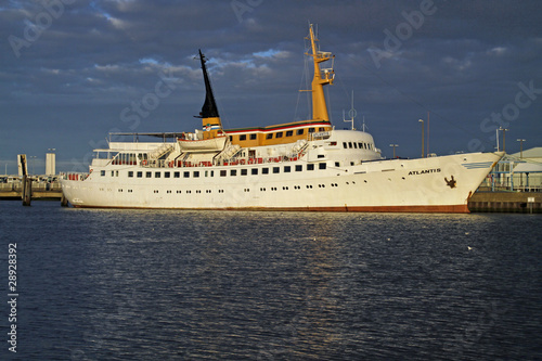 Passagierschiff Atlantis in Cuxhaven