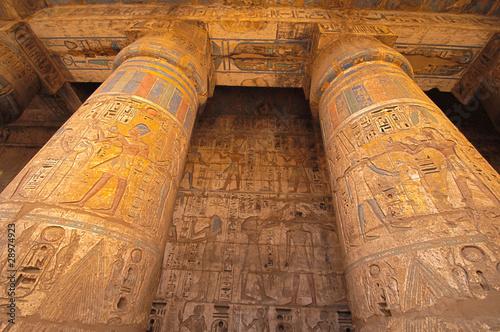 Fotobehang Egypte Heiroglyphs at Medinat Habu. Luxor, Egypt