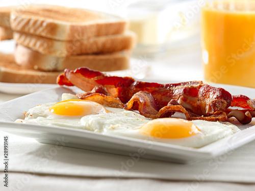 bacon, eggs and toast breakfast - 28993145