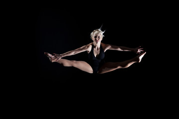 Girl performing the splits in the air