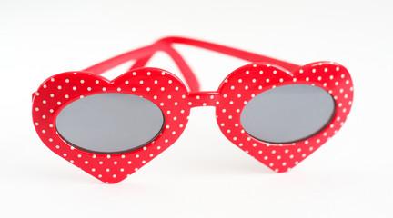 Солнцезащитные очки  в виде сердечек