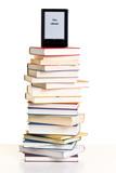ebook reader auf einem stapel bücher poster